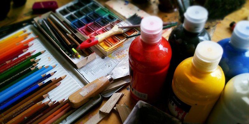 Køb nemt materialerne til at være kreativ på nettet